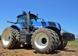 New Holland Genesis T8 Series