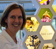 bayer-bee-annette