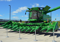 John Deere Folding Corn Head