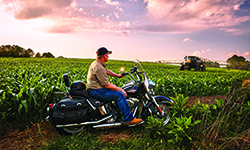 AGCO-OTY-Rogator-Motorcycle-Field-72dpi-250x150-082415