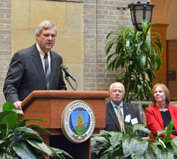 USDA Secretary Tom Vilsack, USB director Lewis Bainbridge, USB contractor Karen Edwards