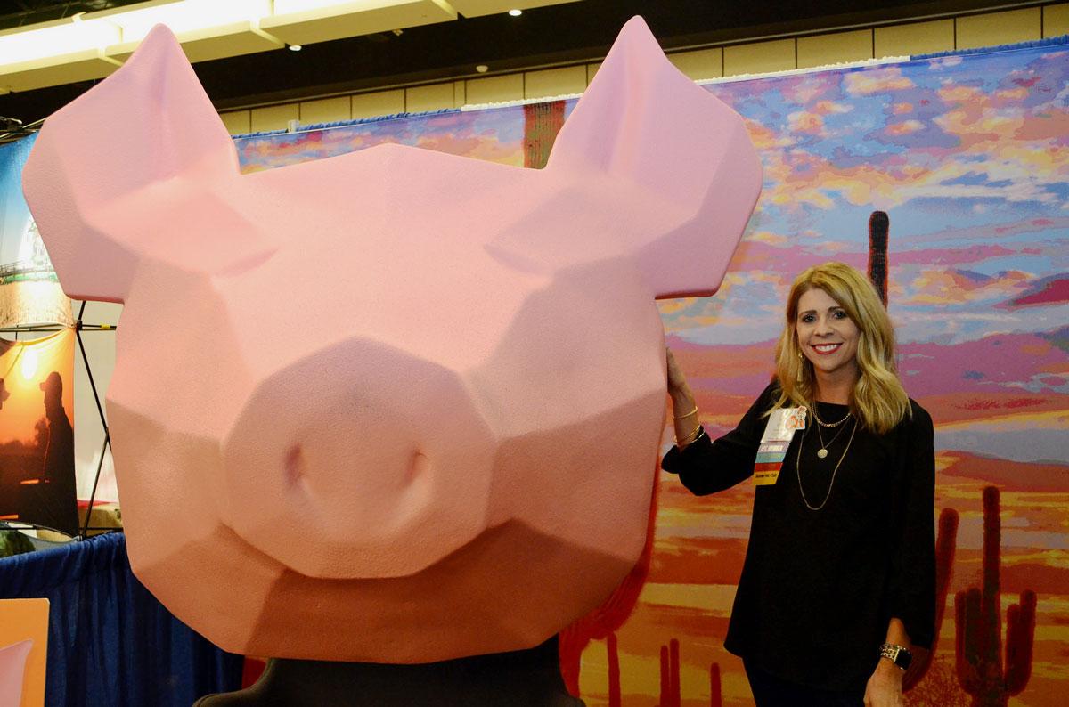 Pork Checkoff Makes Big Pig Impression