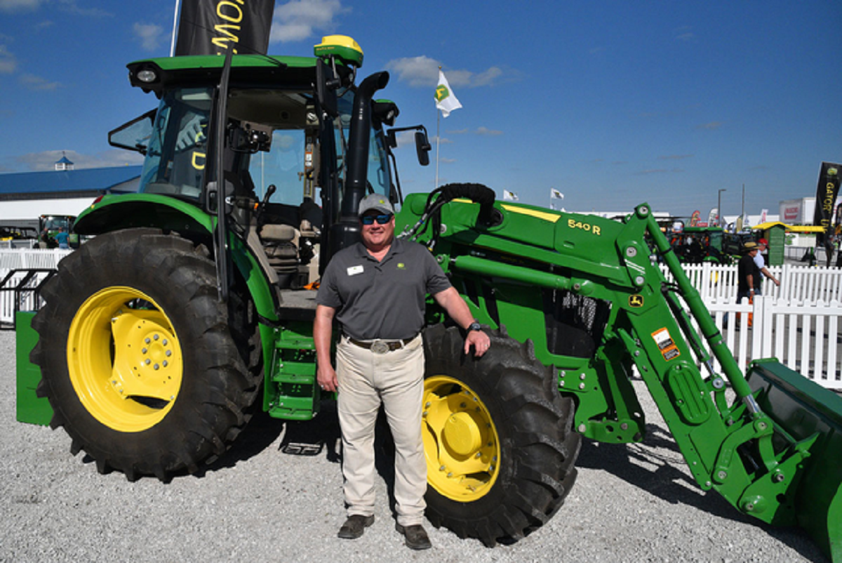 John Deere Announces Upgrades to Utility Tractors | AgWired